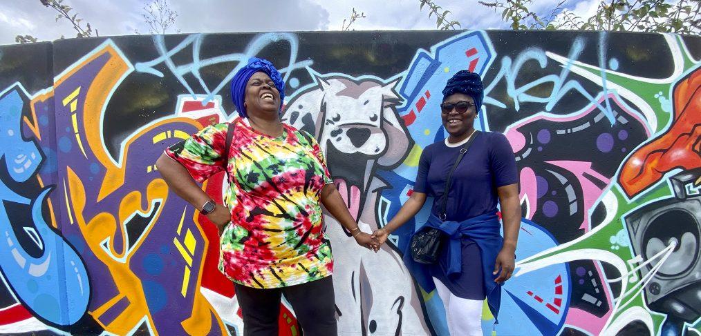 Bola and Remi at the graffiti wall credit Kevin Rushby