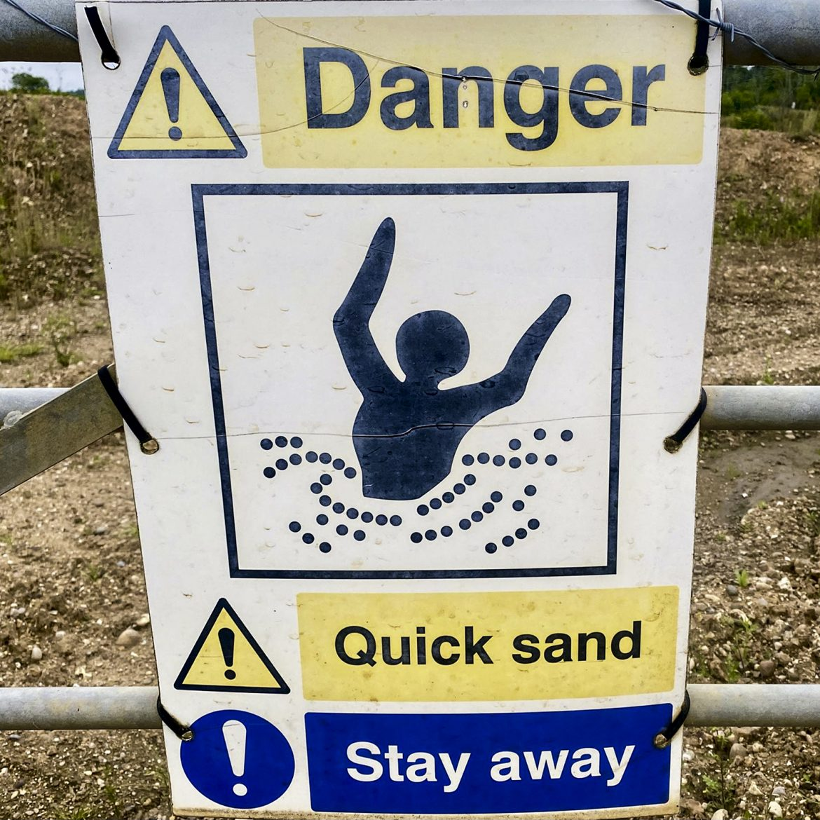 Sign on the path near Wivenhoe credit Kevin Rushby